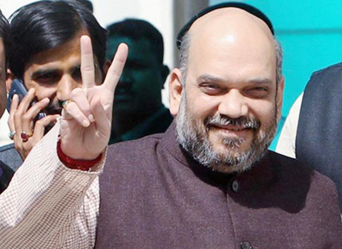 Amit Shah to stay in Bandra; no word on Thackeray meet