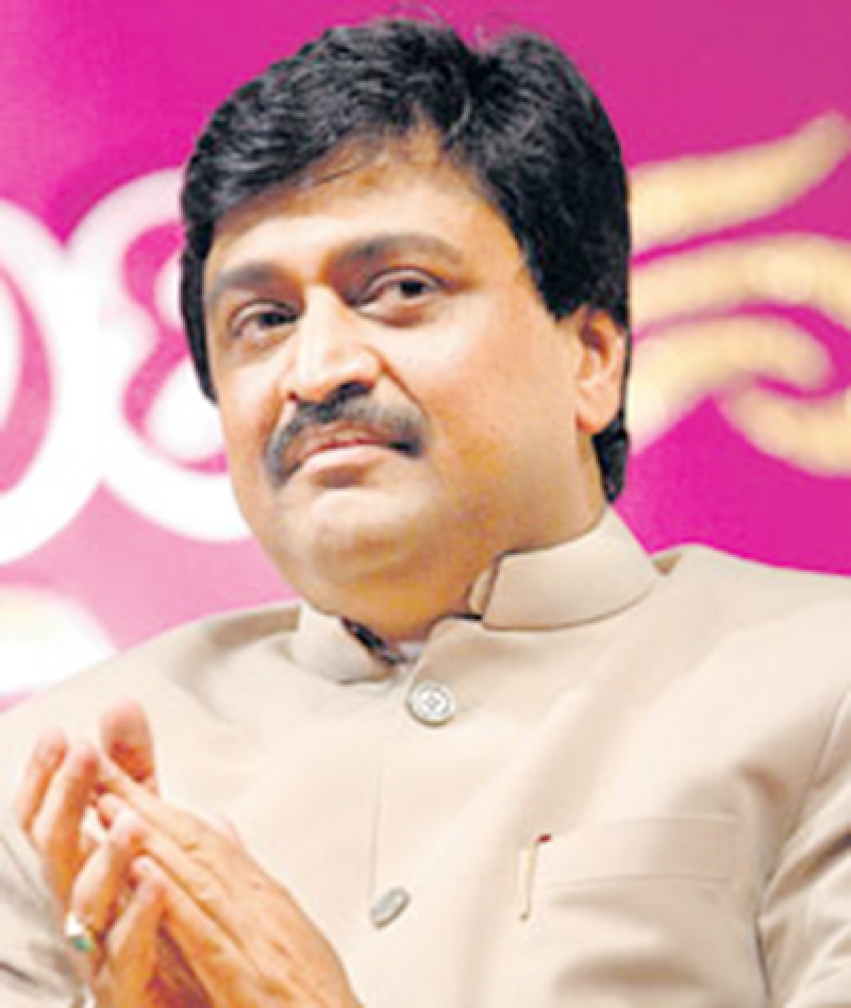 Another jolt for Chavan: HC refuses to drop his name from Adarsh list