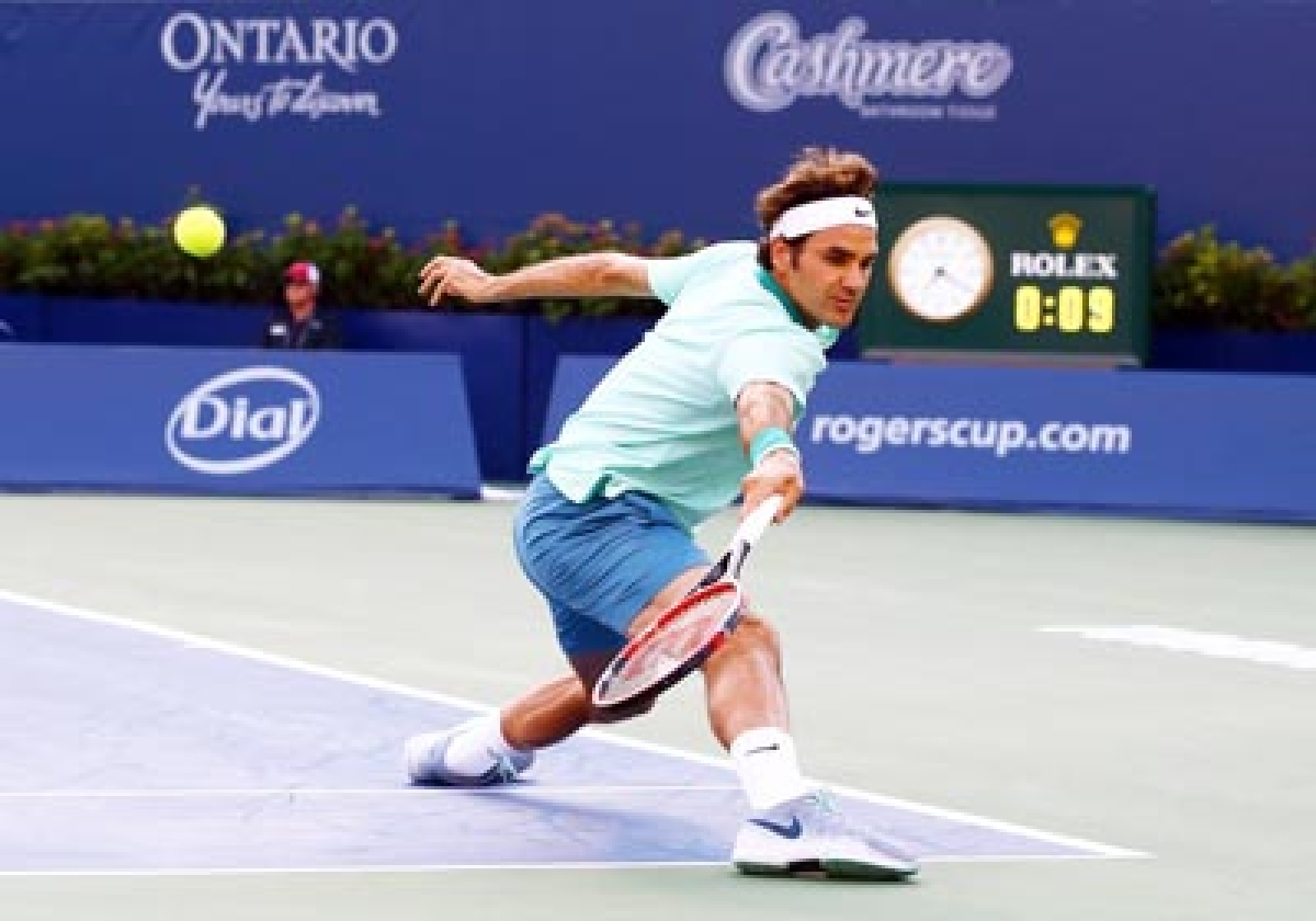 Federer advances  to Cincinnati final