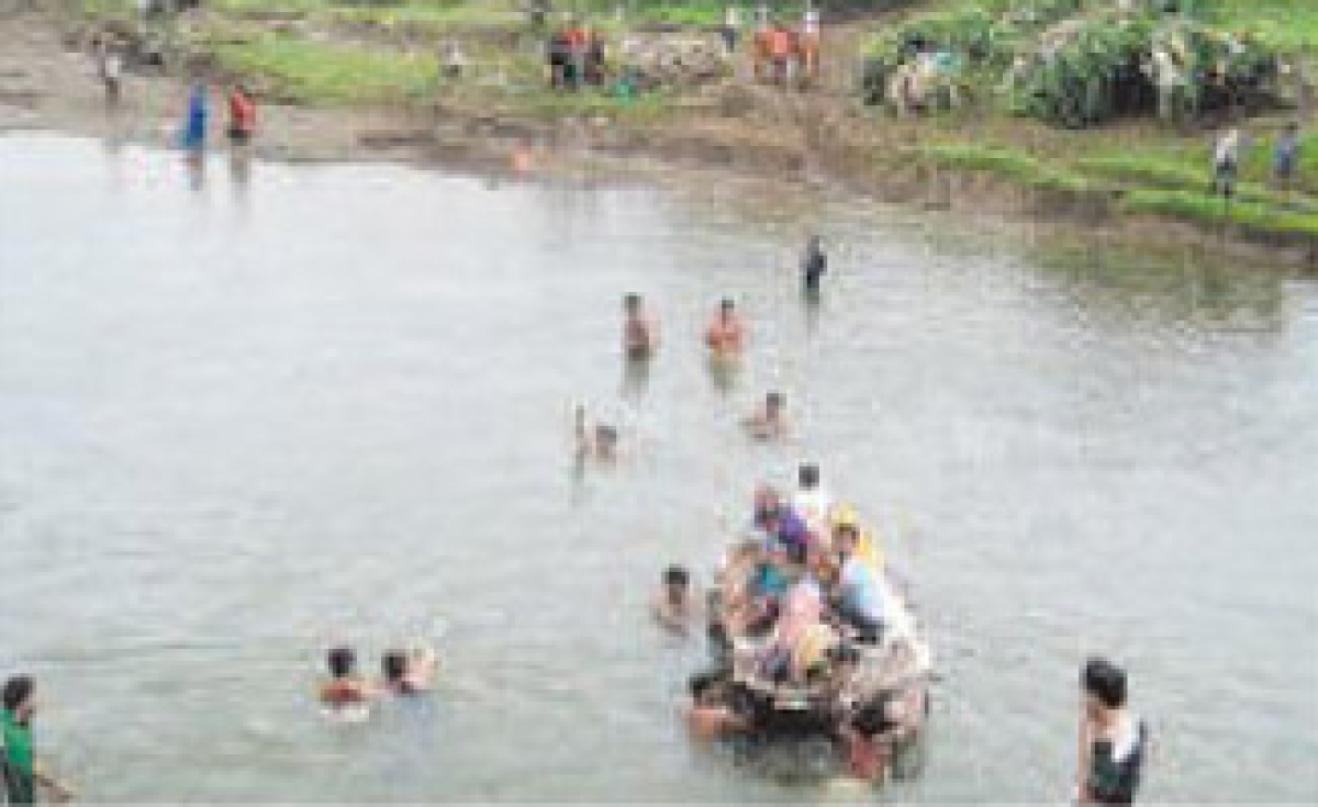 12 farmers in Vidarbha commit suicide during the last 72 hours