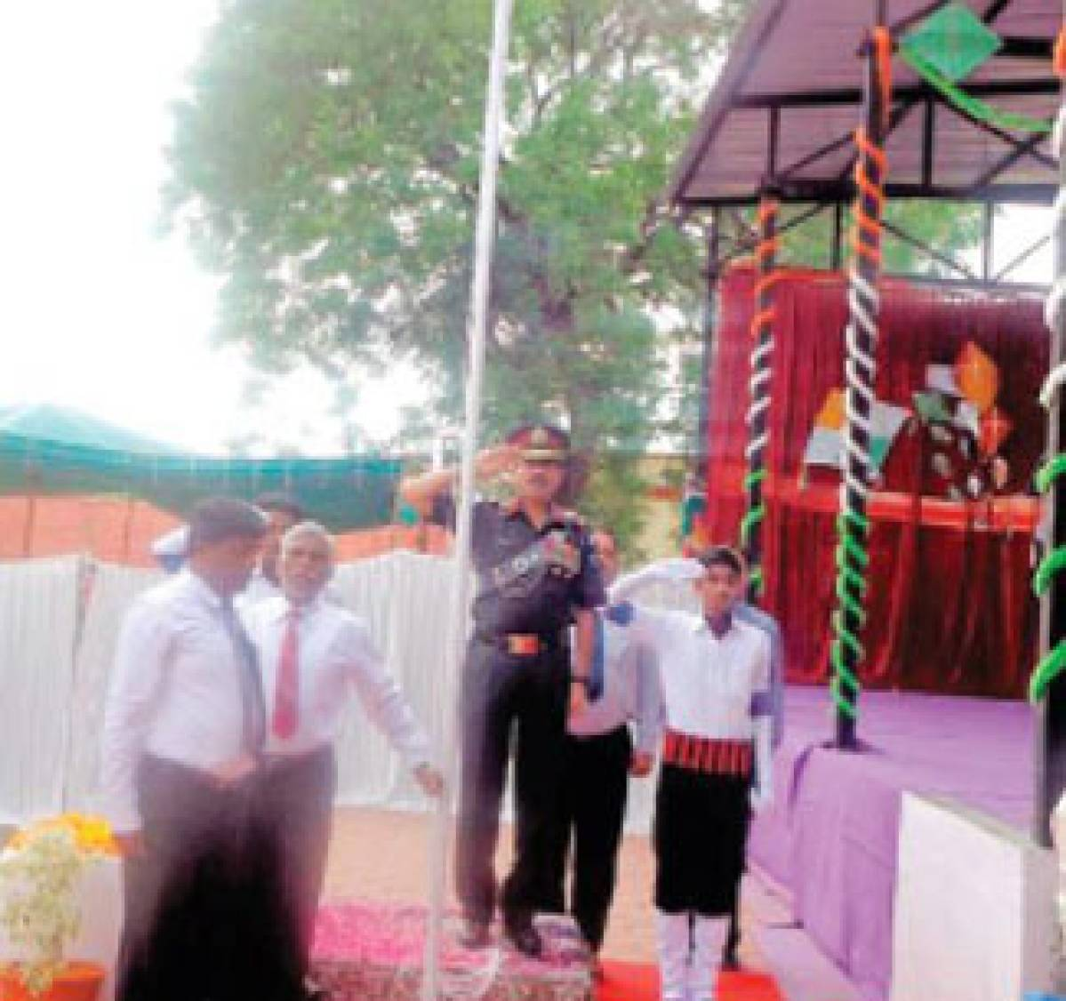 Gaiety marks I-Day celebration at Army Public School, Mhow