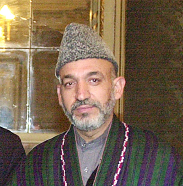 Karzai takes one last swipe at US