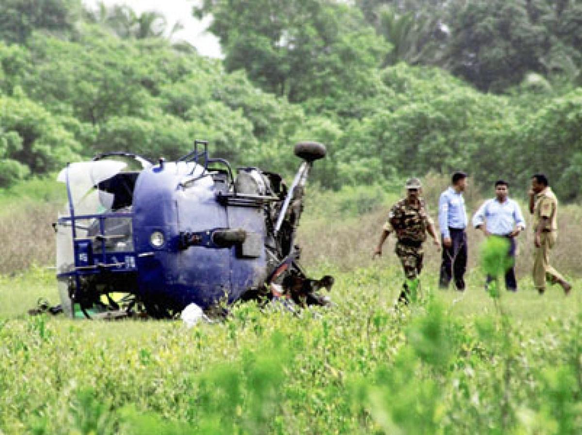 Naval chopper crashes in Uran