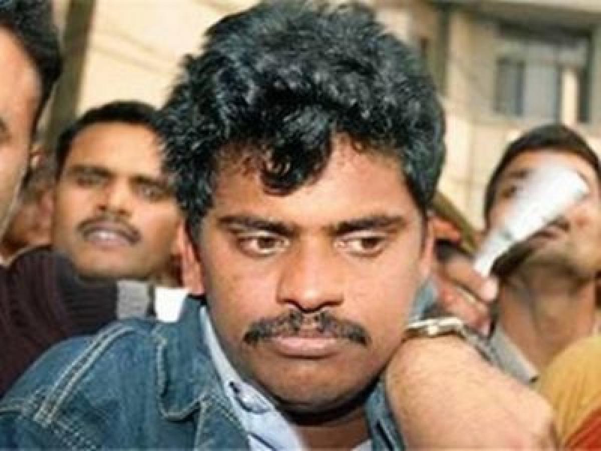 Nithari case: SC stays Surinder Koli's execution till Oct. 29