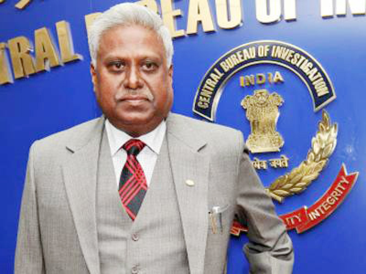CBI chief under scanner over controversial guests