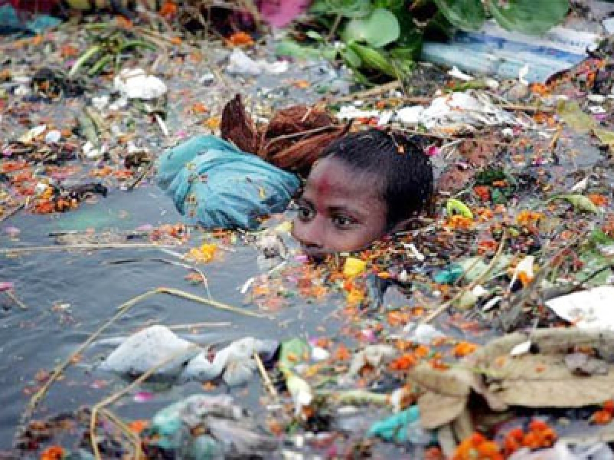 SC pulls up Modi govt over Ganga plan