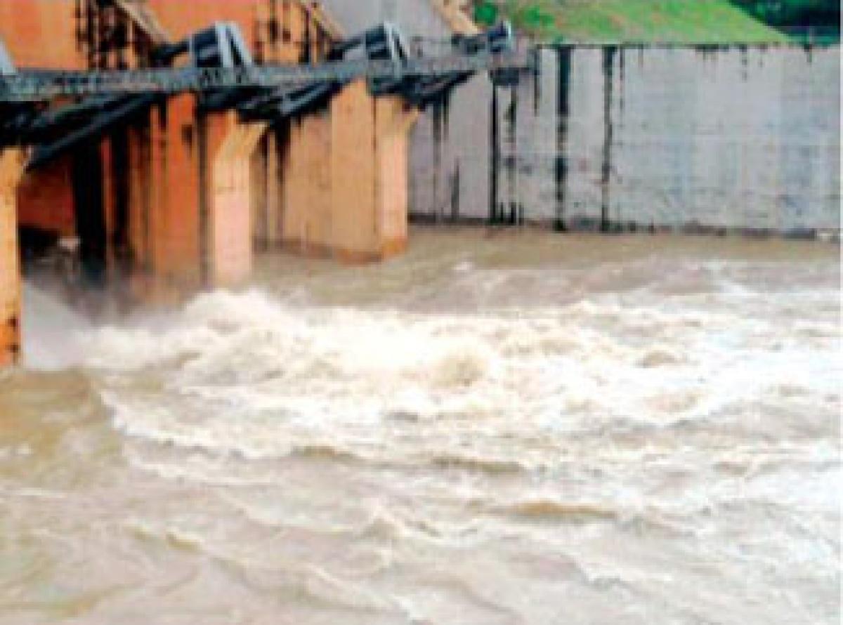 Rains raise water intake in Gambir Dam; 100  Mc Ft water increased
