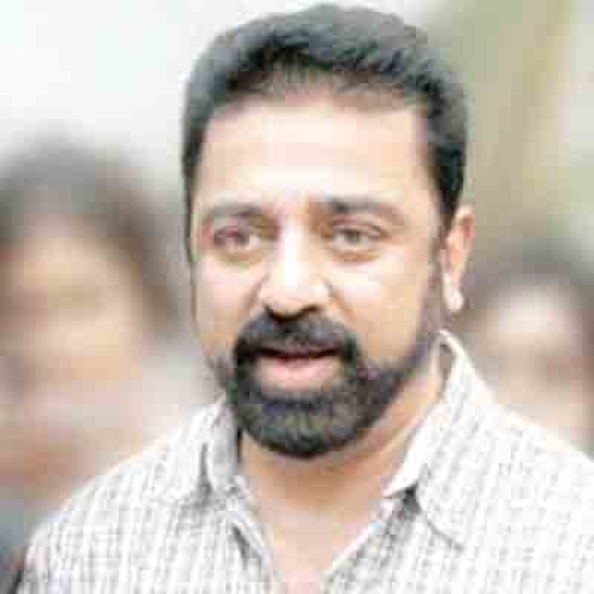 Kamal Hassan invites  millions for campaign