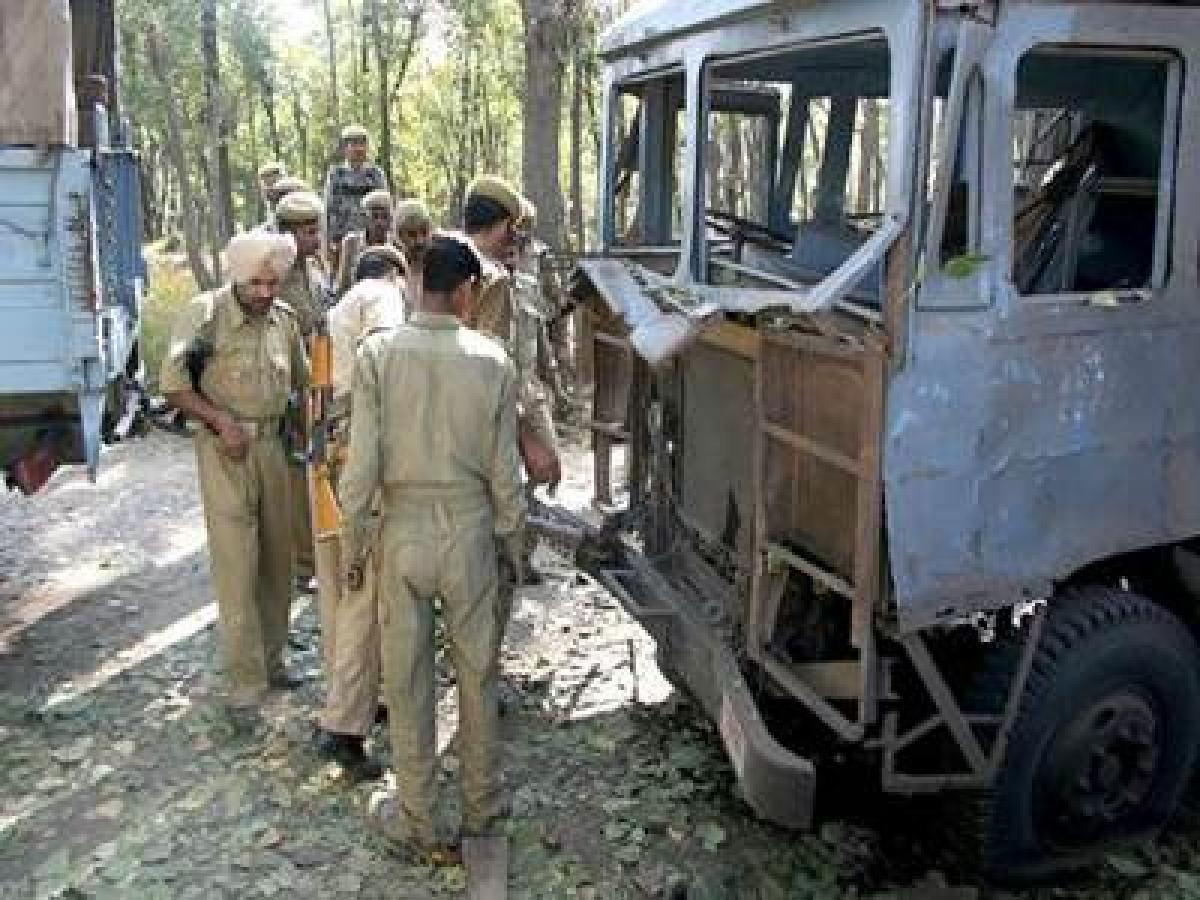 IED blast injures two soldiers in Srinagar