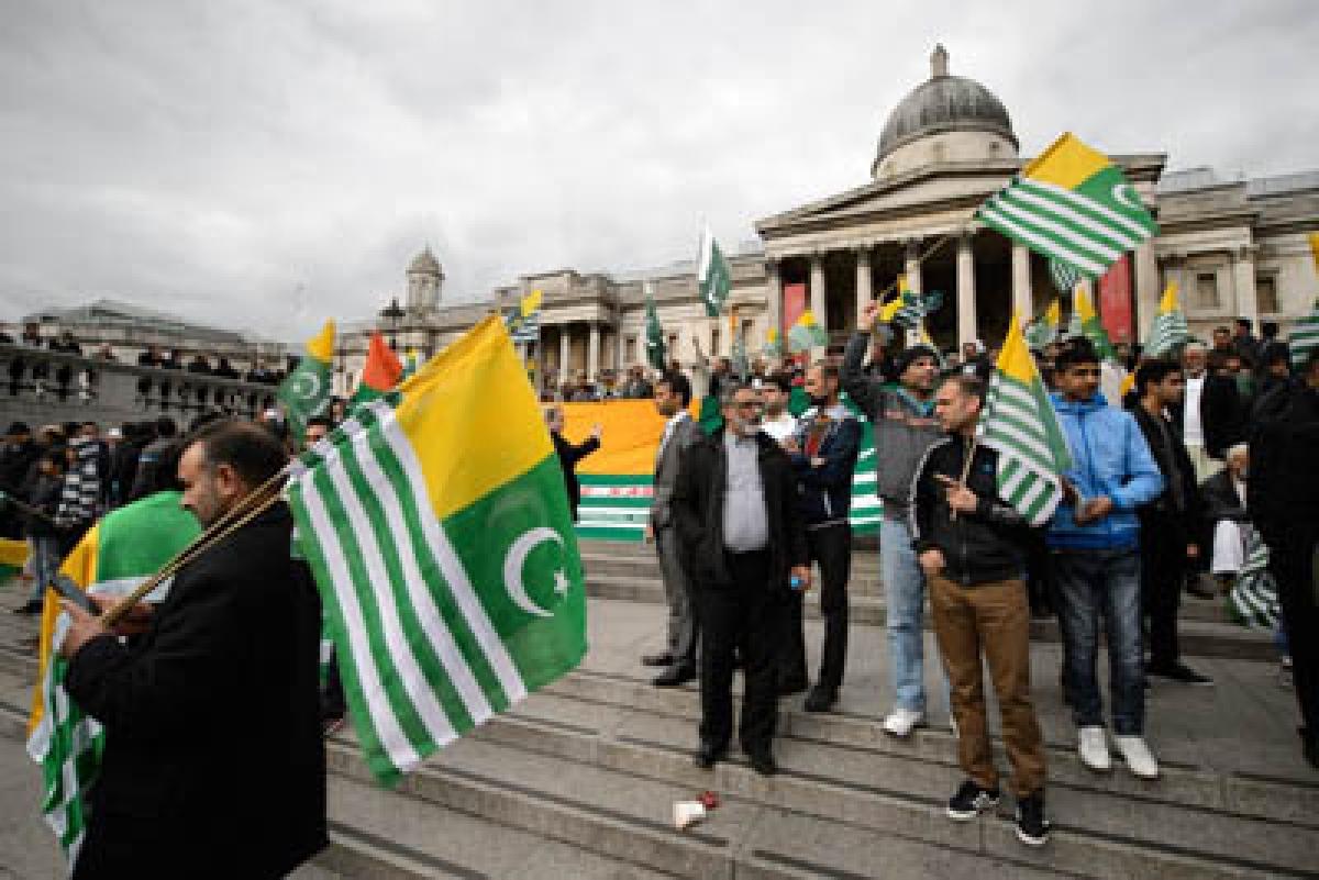Pakistan's 'Million March' a flop