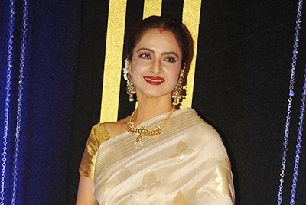 Rekha to receive Yash Chopra Memorial Award