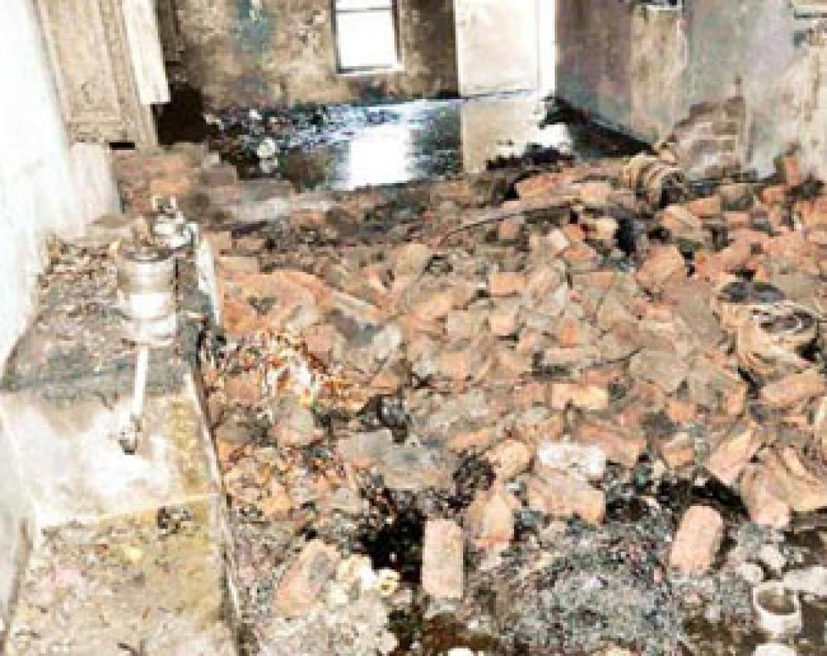 Labourer injured in cracker factory blast