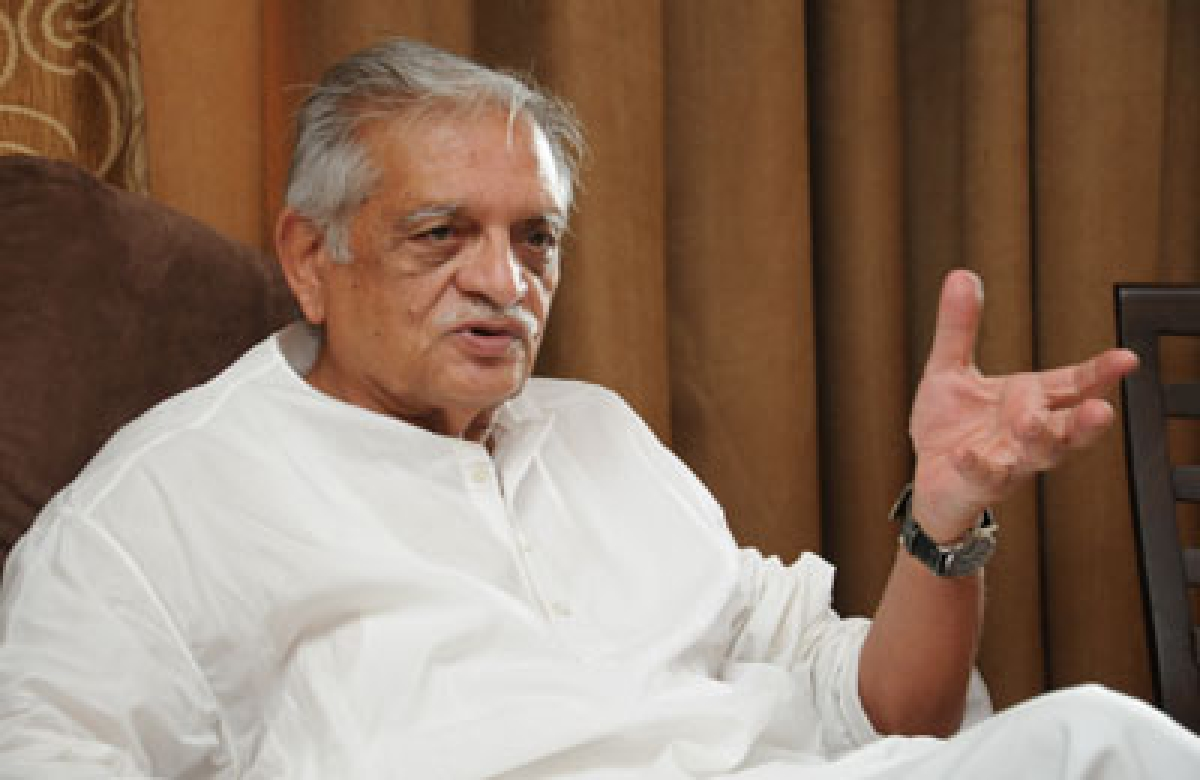 Urdu is alive and moving ahead with times: Gulzar
