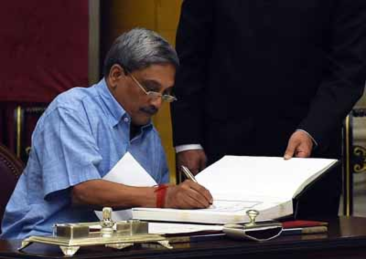 20-30 Tejas aircraft to be commissioned soon: Parrikar