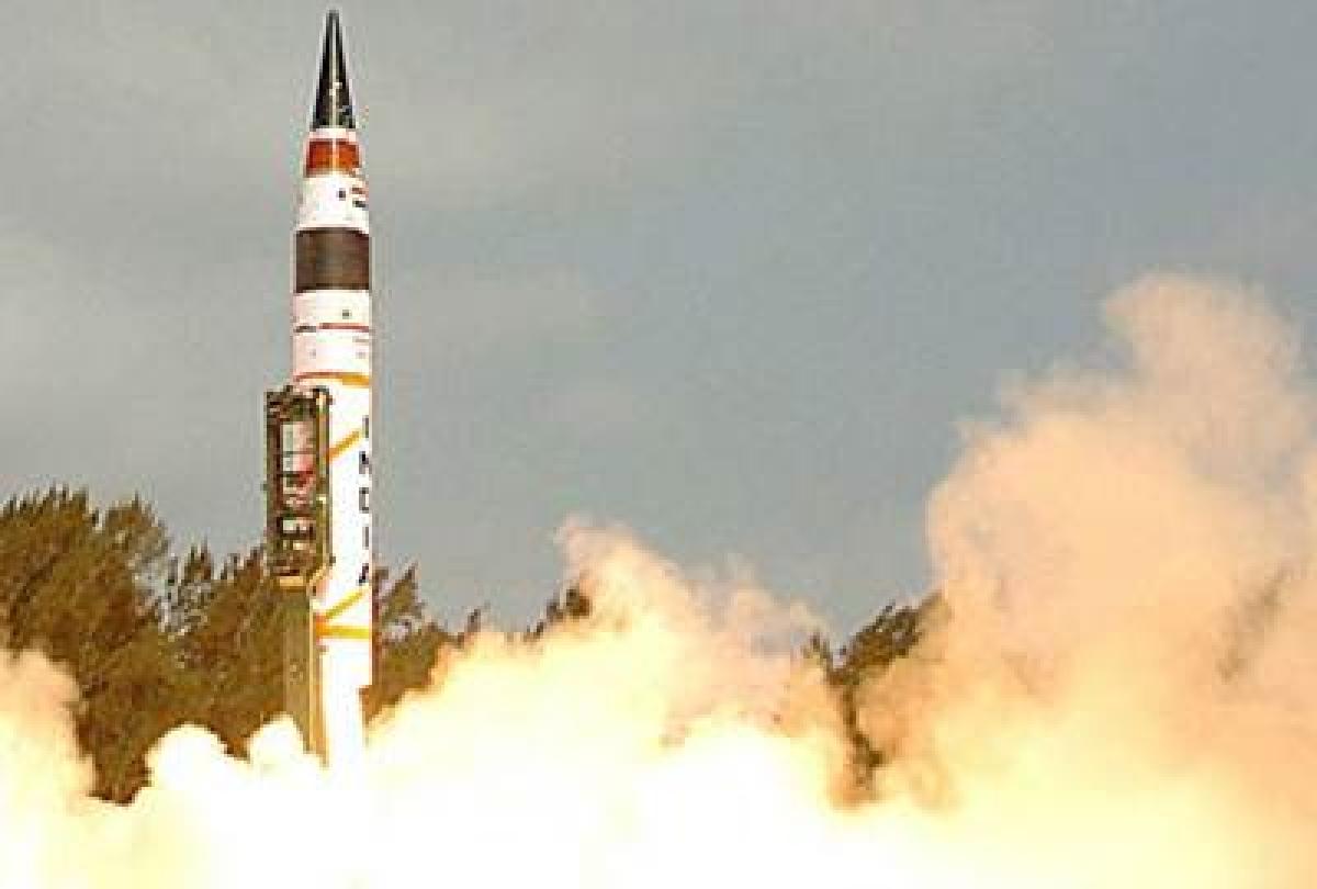Prez  congratulates DRDO on successful test firing of 'Agni- II'