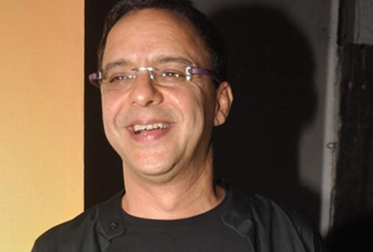 Vidhu Vinod Chopra all praise for perfectionist Aamir Khan