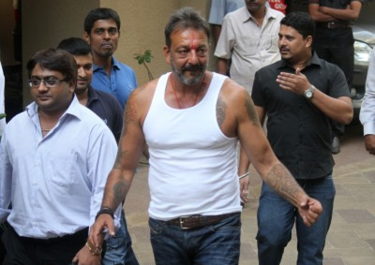 Sanjay Dutt to walk as free man tomorrow with Rs 450 in his pocket
