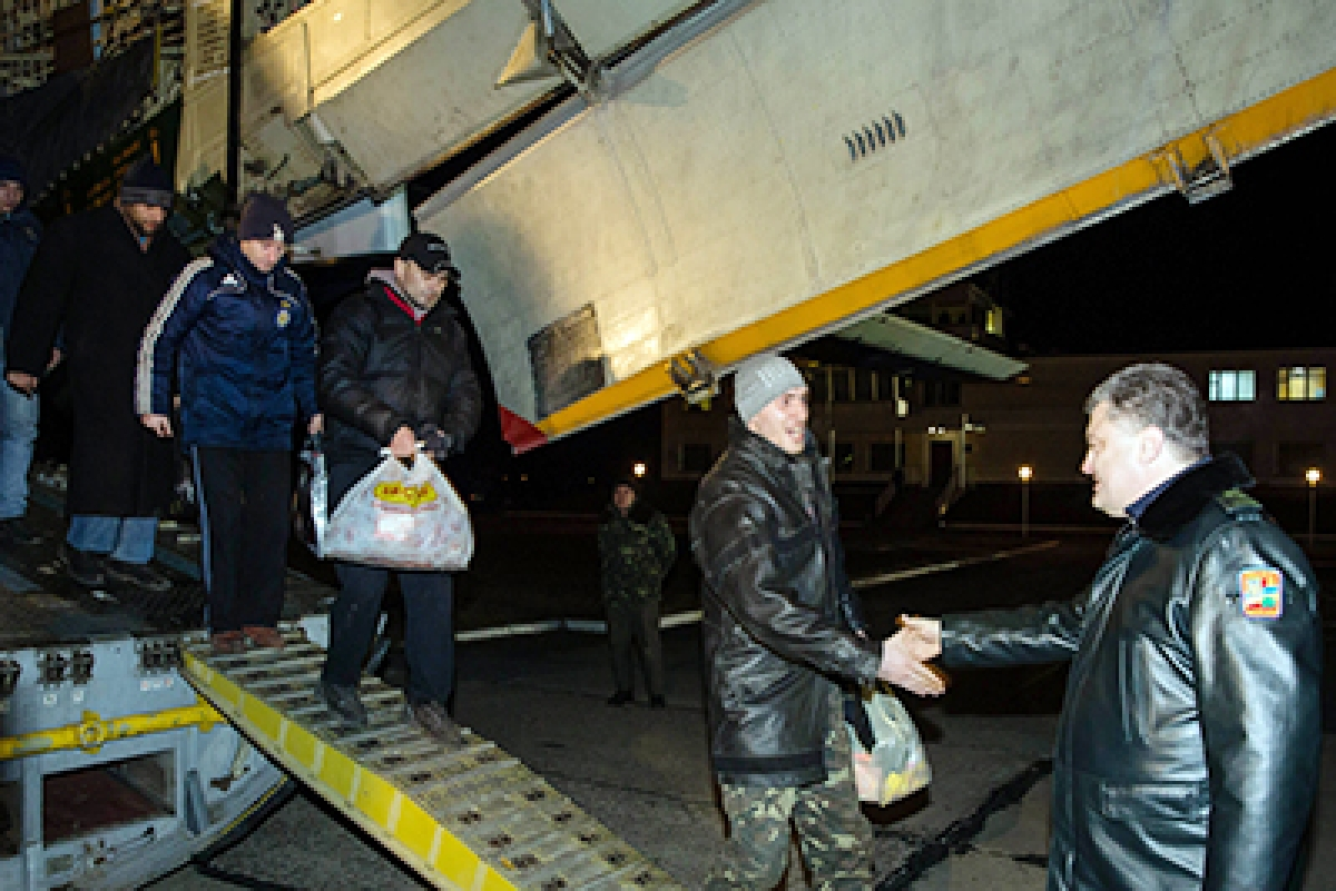 Kiev, rebels swap prisoners