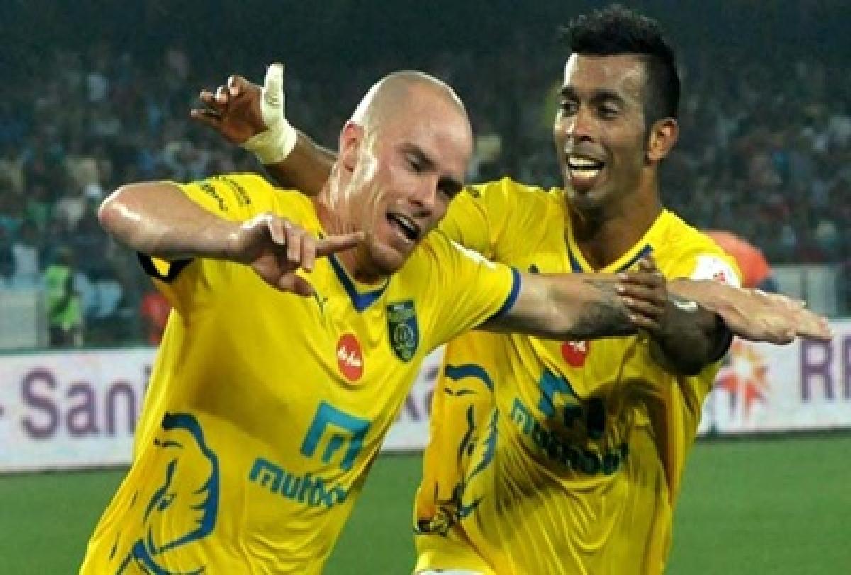 ATK, Kerala slug it out to be inaugural ISL champions