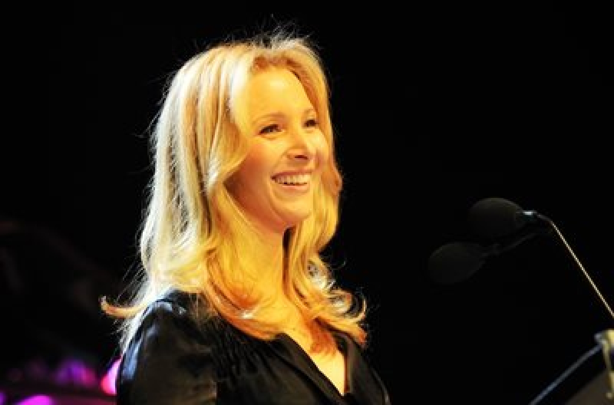 Lisa Kudrow slams Sony executives