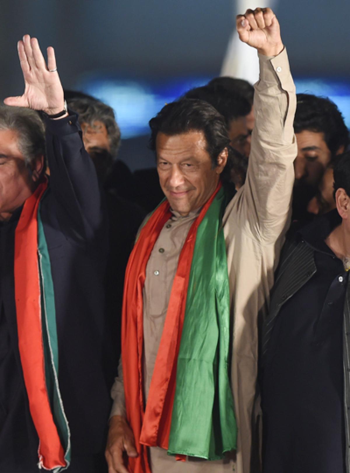 Imran leads Lahore lockdown