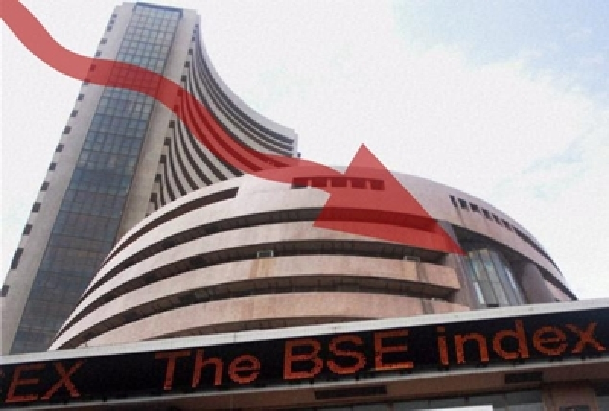 Sensex extends losses, down over 146 pts in early trade