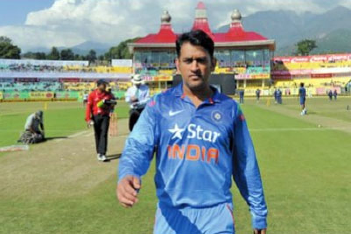 Dhoni's men can get inspired by Paes