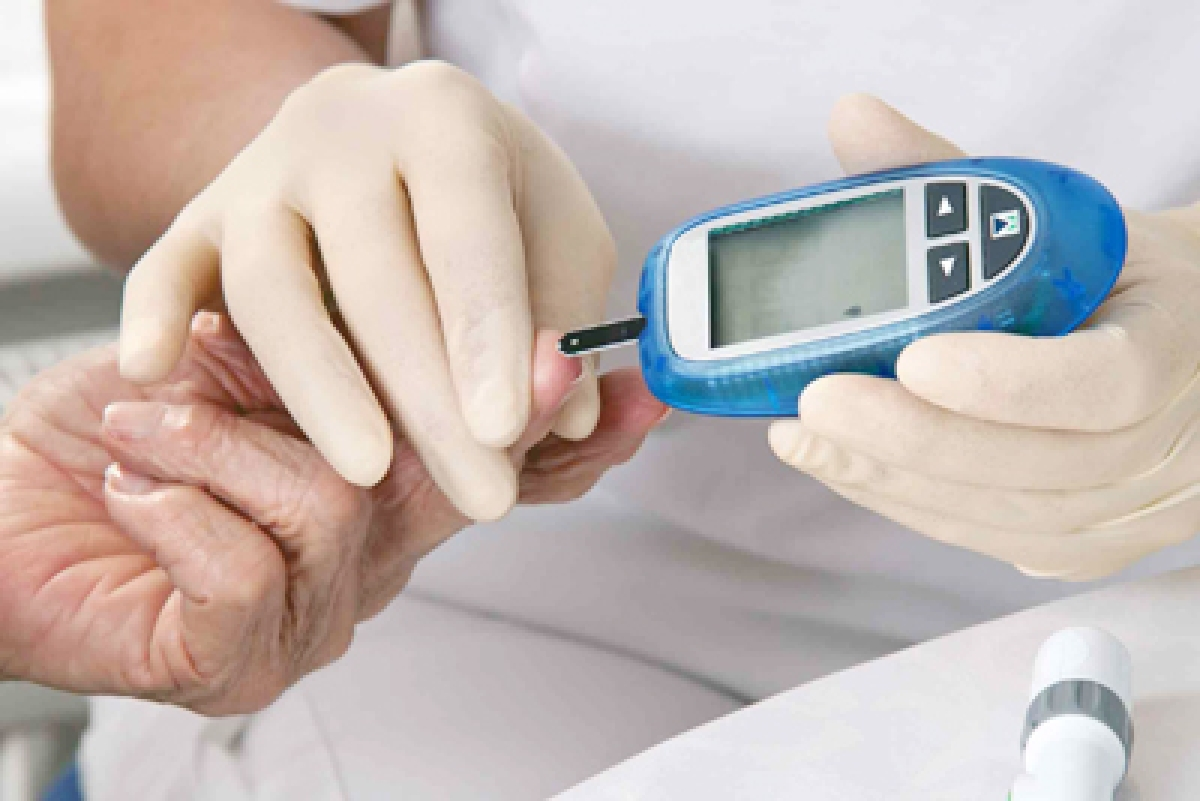 Dangerously low blood glucose levels in diabetics can be fatal for heart
