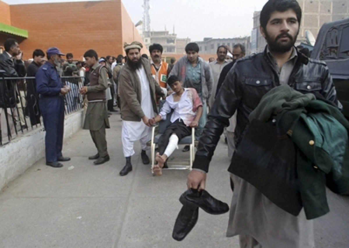 Peshawar school clearance operation nears end