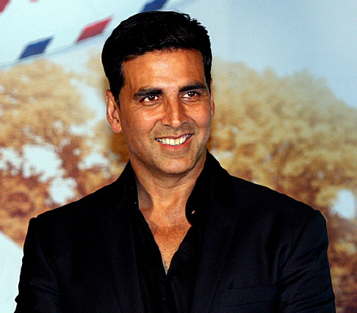 Akshay Kumar launches campaign to end poverty, inequality