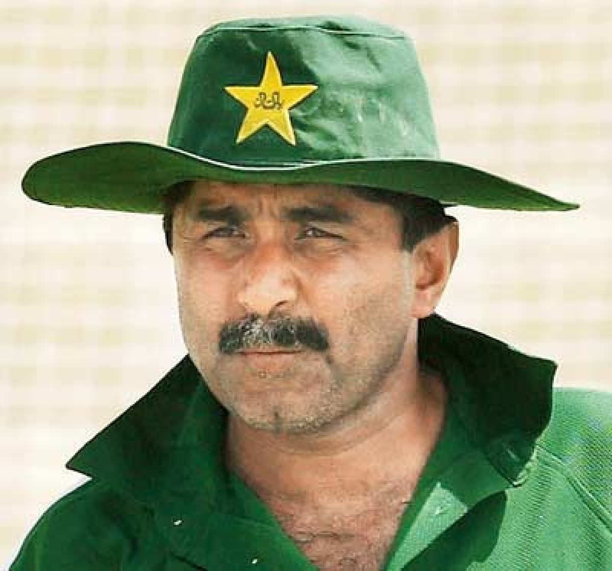 Miandad says absence of Gul, Ajmal huge setback for Pakistan's WC campaign