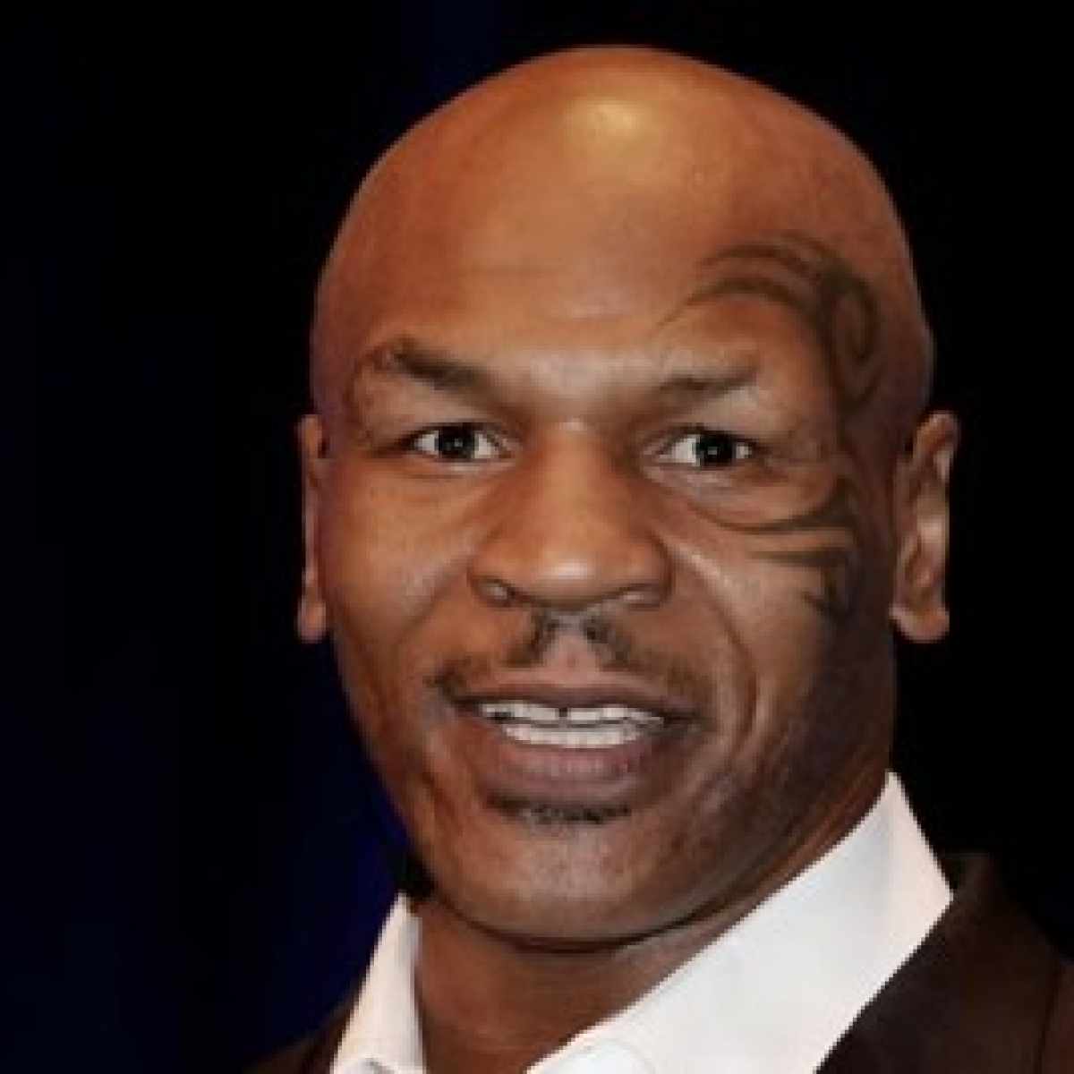 Mike Tyson returns to ring, draws in exhibition with Roy Jones Jr