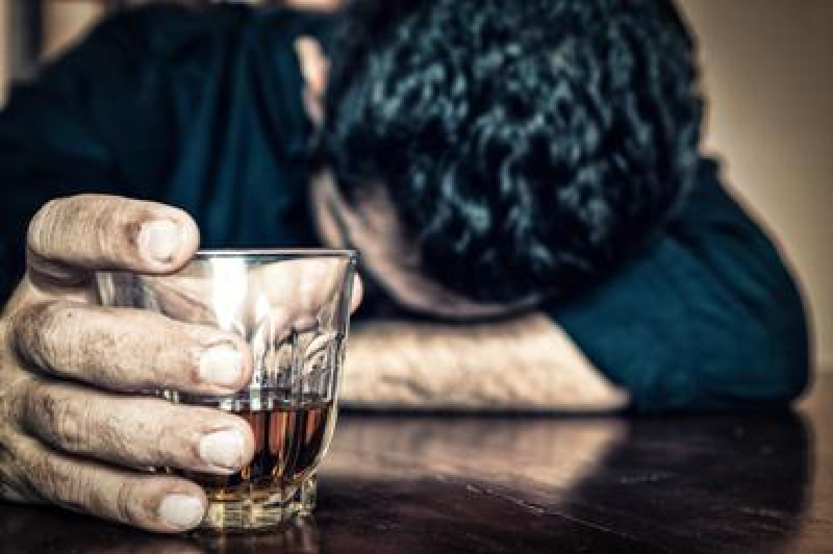 Heavy drinking ups stroke risk more than BP, diabetes