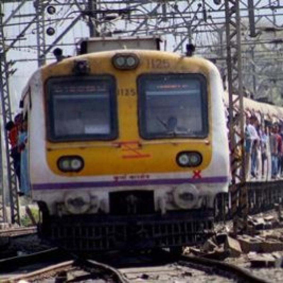 Mumbai: Mega block on CR, jumbo block on WR