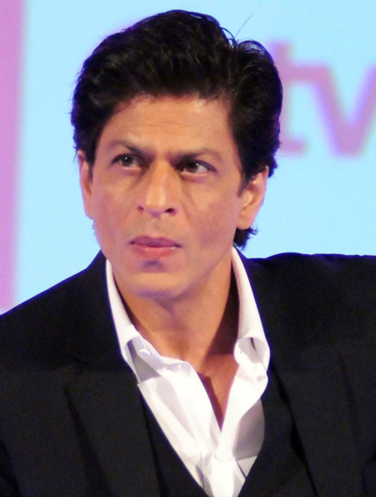 Shah Rukh Khan celebrates AbRam's birthday on plane