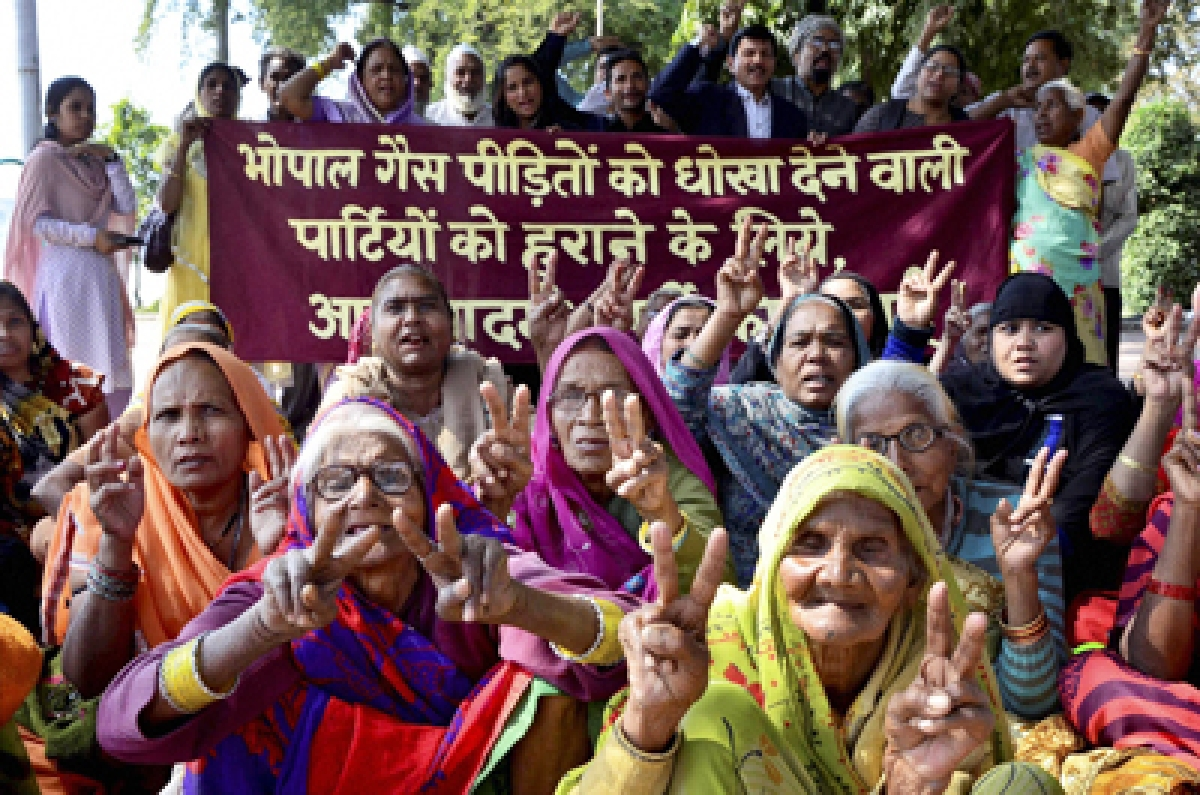 Madhya Pradesh: Widows of Gas tragedy victims not getting their pension, says activist