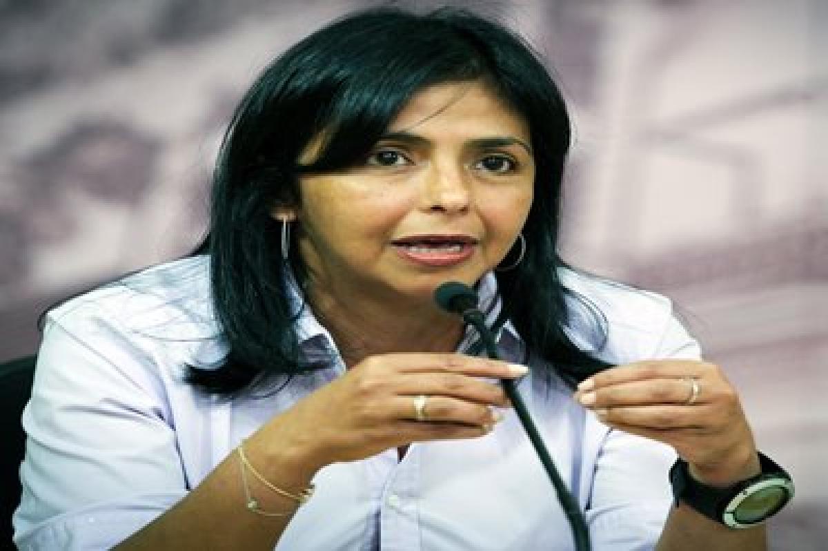 Venezuela gives US 15 days to reduce embassy staff