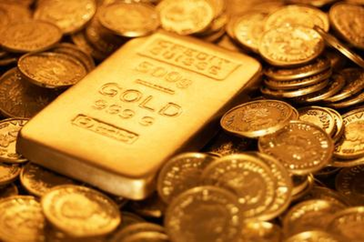 Gold firm up on good buying, silver slips