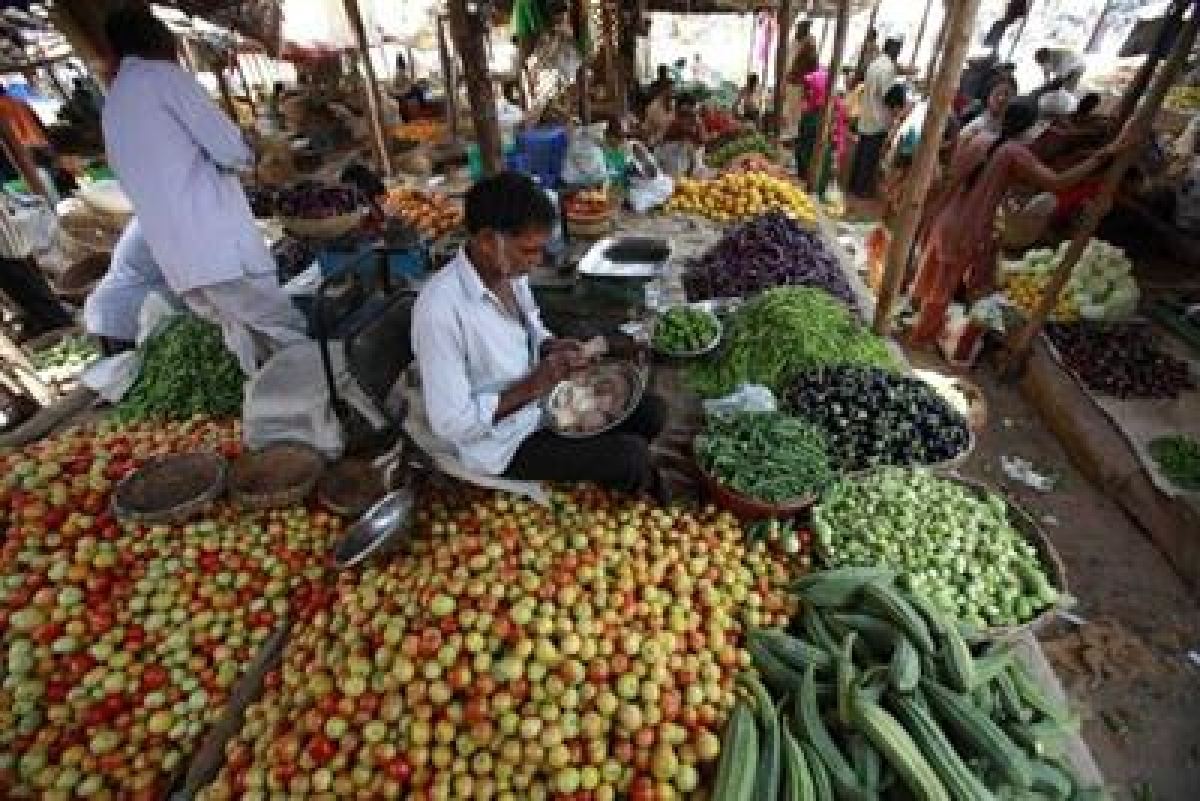 WPI inflation to be in negative zone in March: D&B