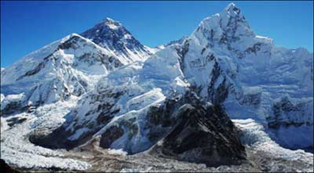 Everest glaciers may disappear  with climate change, warn scientists