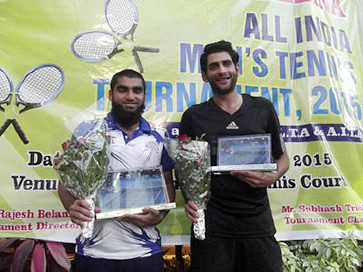 Haadin clinches tennis crown