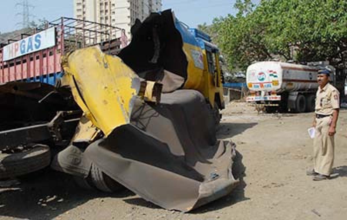 Tanker blast in  Chembur kills 2