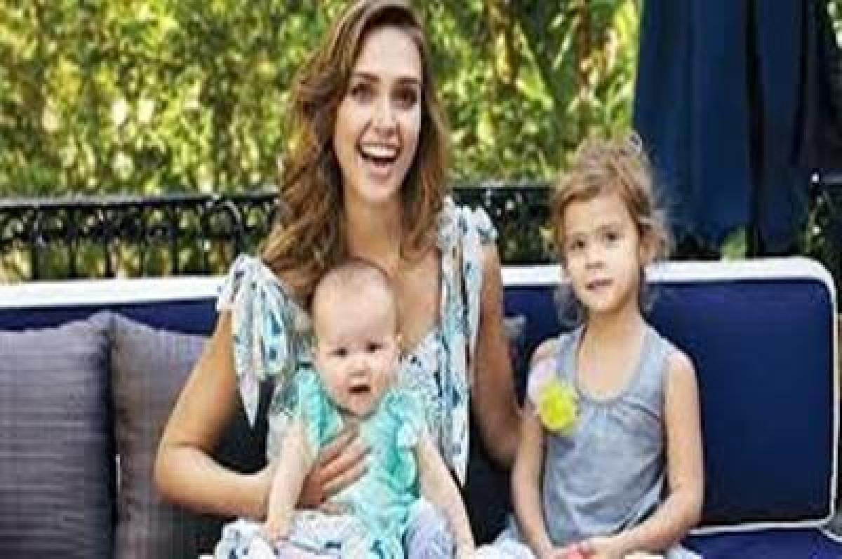 Jessica Alba's daughter's criticise her fashion sense