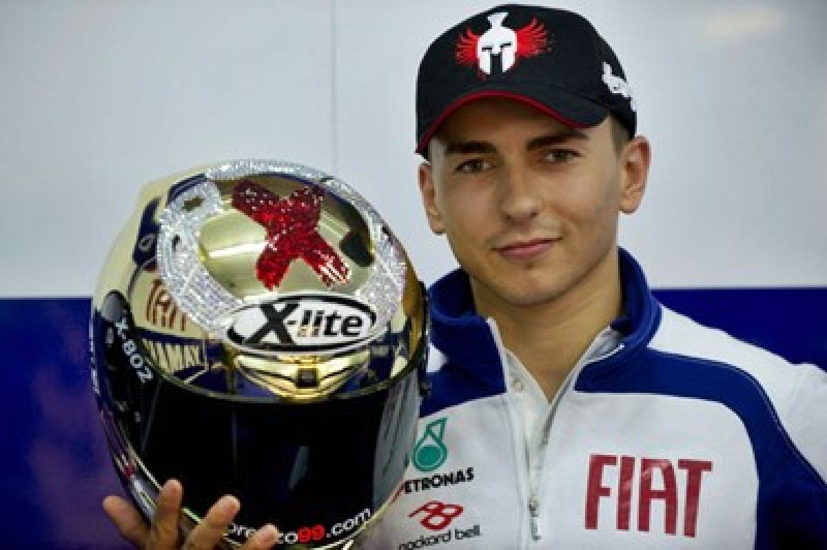 Lorenzo wins Spanish Moto GP