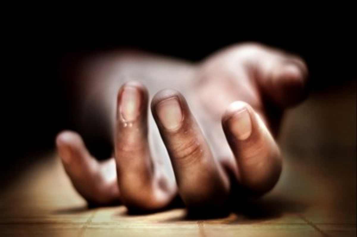 Lovers attempt suicide: Married woman dies, man serious