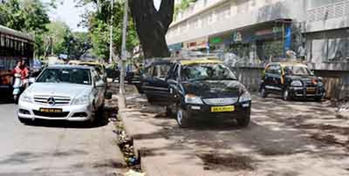 Haphazard Parking Is Choking Traffic