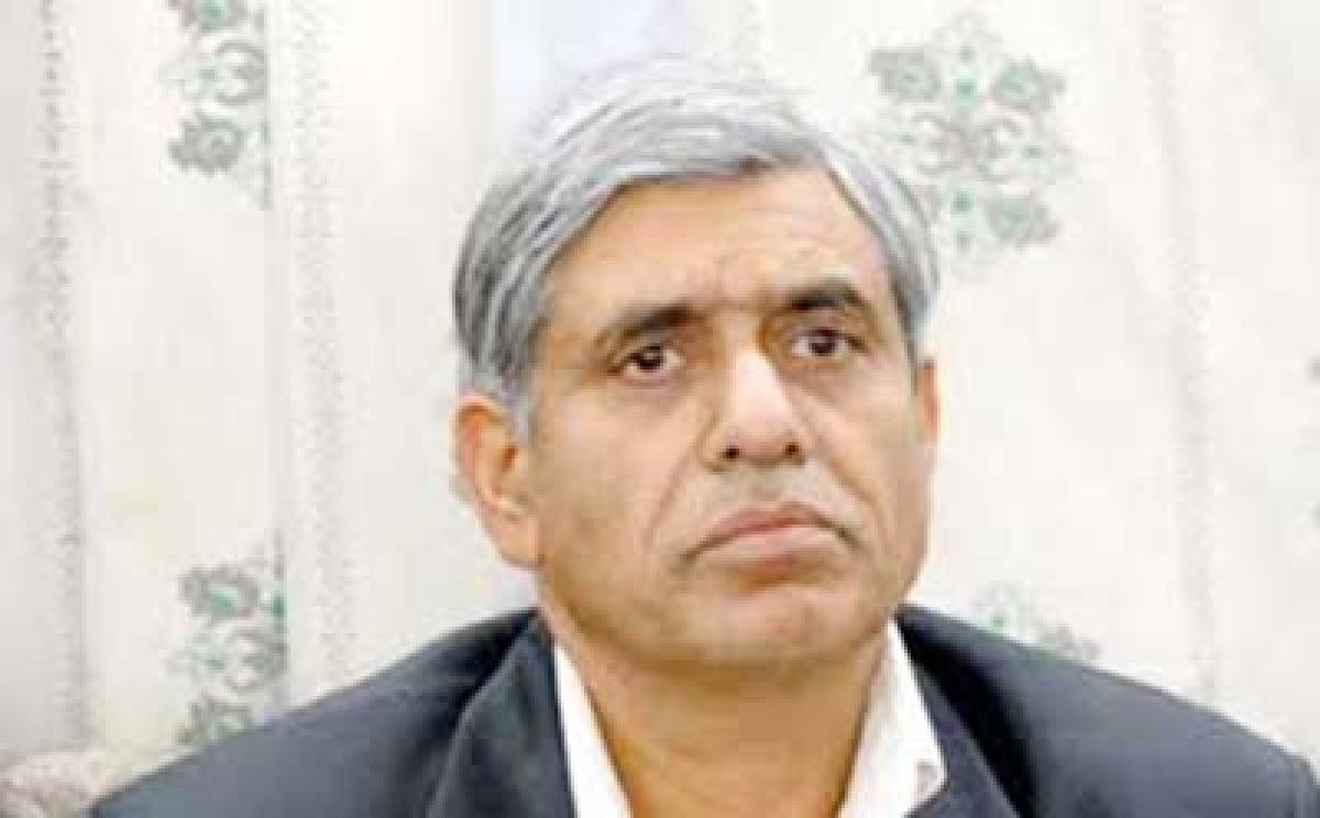 PDP leader asks women  to seek Hurriyat's help
