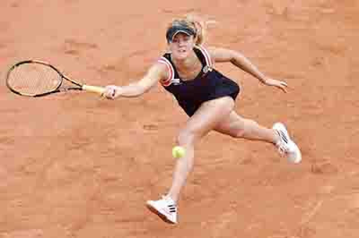 Svitolina ousts Ivanovic from French Open