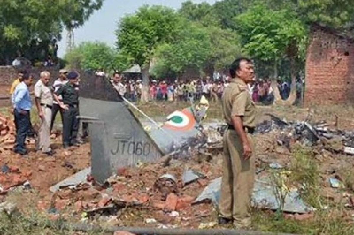 Jaguar fighter aircraft crashes near Allahabad, pilots eject