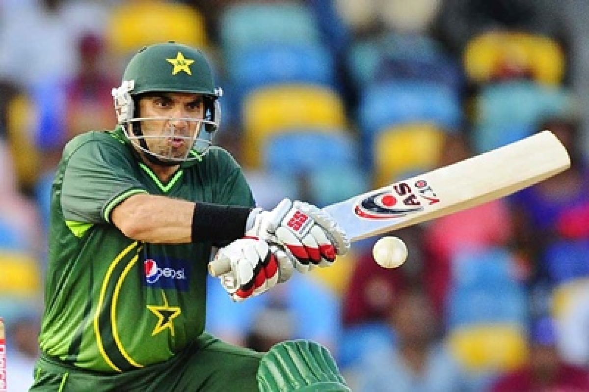 Misbah-ul Haq wants an Indo-Pak series before quiting game